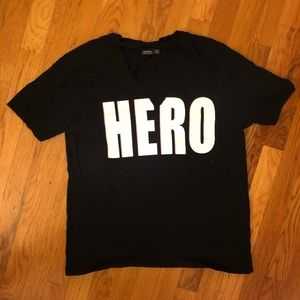 Bershka Black hero t-short v-neck